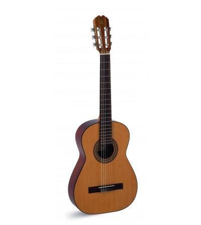 Guitarra clásica Admira Fiesta Estudio